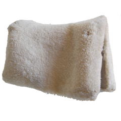 Sheepskin cover for Vaquera saddle